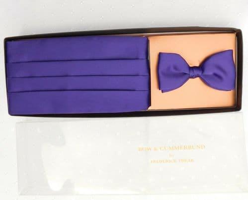 Bow tie and cummerbund set by Frederick Theak vintage English dress wear NEW